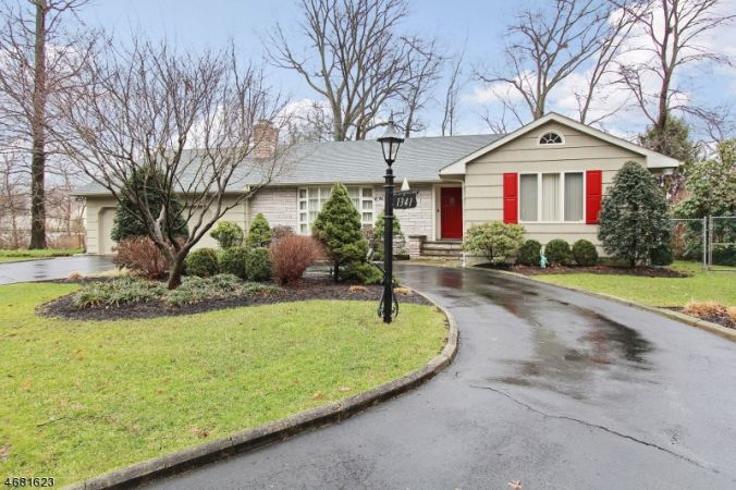 1341 Hidden Circle, Mountainside NJ Ranch For Sale