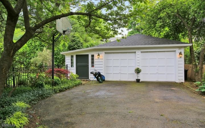 2 Car Detached Garage w/ Shed