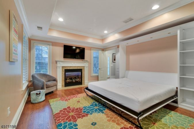 4th BR with Murphy Bed open